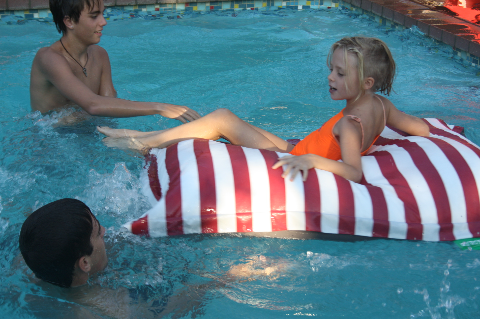 Poolpillows for your kids